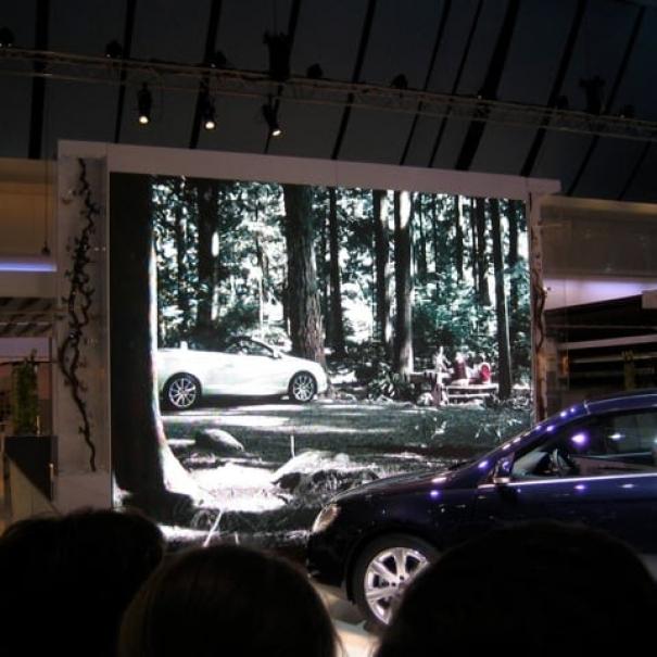 Volkswagen Motorshow animation - DDB